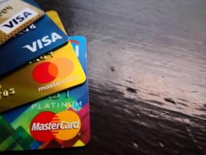 подправить свою кредитную историю