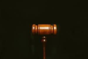 Вопрос прокурору. Как привлечь за коррупцию, и можно ли вернуть страховую премию после уплаты кредита